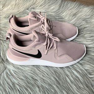 Nike Tessen Mauve shoes